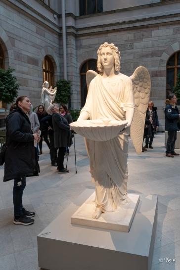 Åsa kika på den vackra ängeln